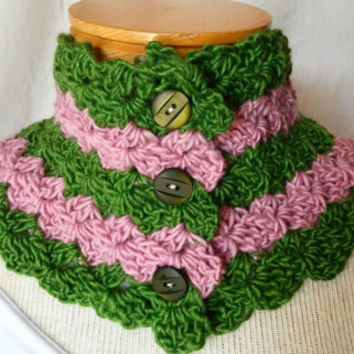 Striped  button scarf Pink green crochet  neck warmer Small cowl Wool mohair  collar   Vintage buttons Unisex men women teens