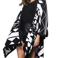 Color Block Loose-Fitting Fringed Cape