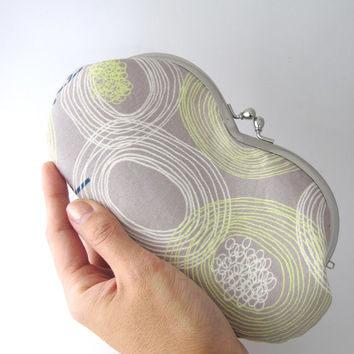 Sunglasses case / Eyeglass Case -dandelion in light gray