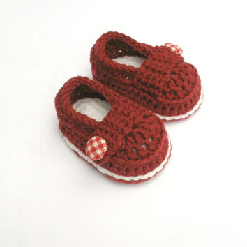 Red baby shoes, Girl Shoes, Baby Booties, Baby Shower gift, Baby shoes in red and white trim, Valentine's gift, It's a girl!