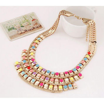 Alloy Crescent Personality Short Style Women's Necklace