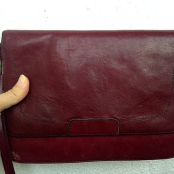 70s Distressed Leather Messenger Bag, Maroon Purse, Oxblood Clutch, Slim Shoulder Bag, Aged Crossbody, Burgundy Pouch, Wine Red Satchel