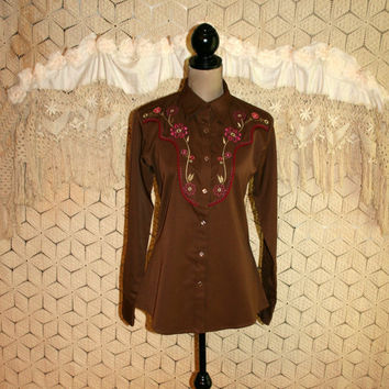 Vintage Western Shirt Womens Western Clothing Cowgirl Embroidered Floral Pink Brown Snaps Wrangler Size 8 Size 10 Medium Womens Clothing
