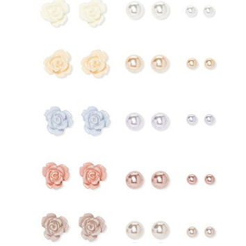 Flower and Faux Pearl Stud Set
