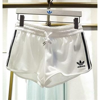 adidas originals women sports classic three stripe shorts-2