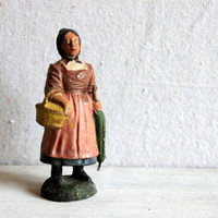 elastolin woman with umbrella figurine 10cm // primitive composite figure composition O&M Hausser