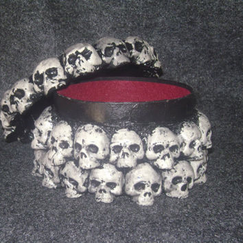 Skull trinket box, round polymer clay ossuary, one of a kind