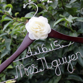bridal gift, Personalized Bridal Gift, brides hanger,name hanger,wedding hanger.Wedding Hanger Custom Date bridal hanger,