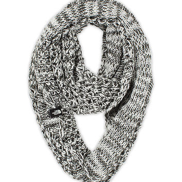 WOMEN'S KNITTING CLUB SCARF | United States