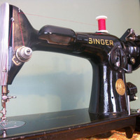 Singer 201 lovely sewing machine - vintage 1936
