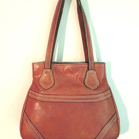 leather shoulder bag, cognac brown, vintage 70s, satchel saddle bag