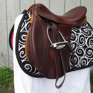 English All-Purpose Saddle Pad:  Black and White Scroll/Swirl with Black Trim, Hot Pink Backing