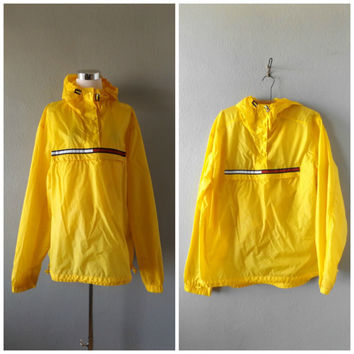 Tommy Hilfiger Windbreaker Jacket | Vintage 90s Yellow Lightweight Pullover Coat Size XL/Extra Large Mens Womens Athletic Polo Shirt 1990s