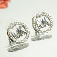 MK Fashion Elegant Diamonds Stud Earring