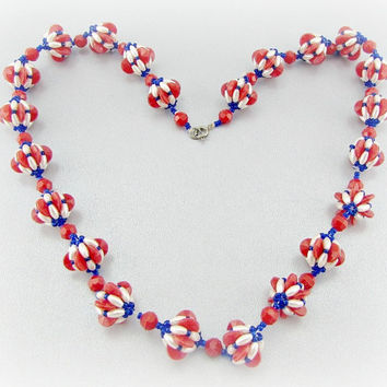 Vintage Patriotic Necklace, Red White and Blue Necklace, Plastic Beaded Necklace, Memorial Day, 4th of July Jewelry, 1980s Retro Jewelry