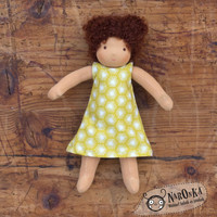 Waldorf doll - Dressable Waldorf doll - Girl - 22 cm - 9 inch - Curly brown