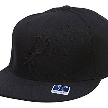 Reebok San Antonio Spurs Fitted Hats Mens Style: HAT306-BLACK Size: 8