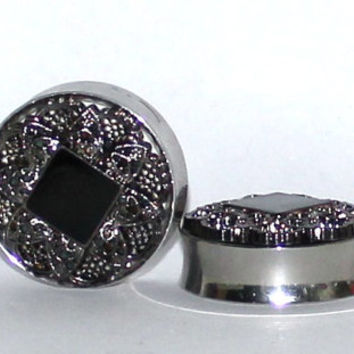 "Filigree Black and Dark Silver Plugs 1 1/8 1 3/16 1 1/4 Inch 28mm 30mm 32mm 1 1/8"" 1 3/16"" 1 1/4"""