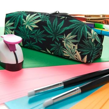 Cannabis Make Up Bag -  Small Weed Leaf Print Travel Cosmetic Bags