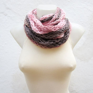 Chunky Winter Scarf,Finger Knitting Scarf,Chain infinity Scarf