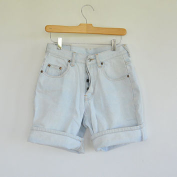 """Unisex Light Wash Button Fly Denim Shorts Brittania 1980's High Waist/Rise 28"""" waist Size 28 ong Shorts but Look Cure Rolled"""