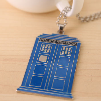 Blue TARDIS Necklace Doctor Who Police Box Pendent Necklace Dr. Mysterious House Necklace