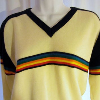 Vintage Amazing 70s RAINBOW STRIPED Ski Hip Unisex Winter Medium Large Retro Stylish Acrylic V-Neck Jumper SWEATER