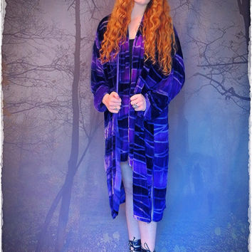 Vivid vintage purple silk velvet kimono / Sheer ombré le smoking duster robe / oriental Stevie style long flowing opera coat / luxury fabric
