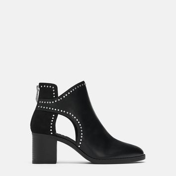 STUDDED CUT OUT ANKLE BOOTSDETAILS