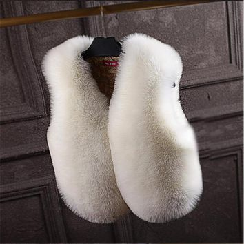 New Arrival Autumn&Winter New Women Hooded Fur Coat Silver Fox Imitation Fur Vest Plus Size Ladies Fox Fur Coat  A2292