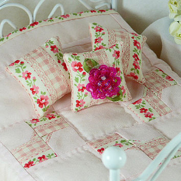 Shabby Chic Spring Floral Quilt Dollhouse Quilt Miniature Tiny Pink Floral Bedding Matching Decorator Pillows Spring Bed Linen Pastel Pink