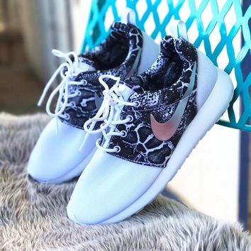NIKE Trending Fashion casual sports shoes Scale