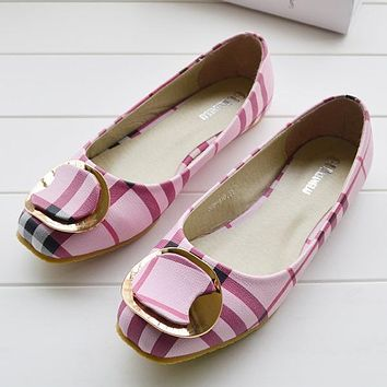 Burberry Women Fashion Leather Flats Shoes