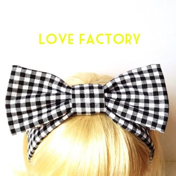 Lovely retro vintage gingham check black white bow headband :) Love Factory By Rie Miyamoto