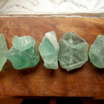 Rough Green Fluorite Crystals // Healing Metaphysical Gemstones