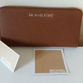 ESBON8Y NEW Michael Kors jet set Zip Around Continental Leather in Luggage..tan Wallet