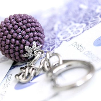 Purple Keyring, Keychain. Dark Purple Glass Beaded Keychain. Cute Party Favour. Perfect Christmas Gift. Wedding Favor. Thank you Gift