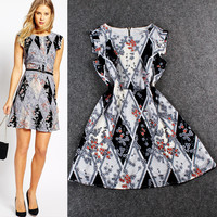 Floral Print Diamond Background Sleeveless Min Dress