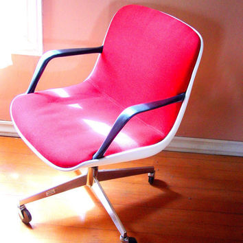 1978 Steelcase Charles Pollack Style Red and White by goodlookin