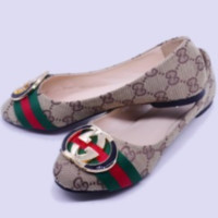 GUCCI 2018 new women's fashion casual shoes Apricot