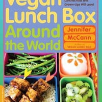 Vegan Lunch Box Around the World: 125 Easy International Lunches Kids and Grown-Ups Will Love!