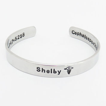 Personalized medical alert ID bracelet - Allergy alert bracelet - Message jewelry - Medical conditions cuff