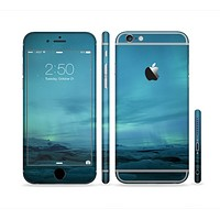 The Teal Northern Lights Sectioned Skin Series for the Apple iPhone6s Plus