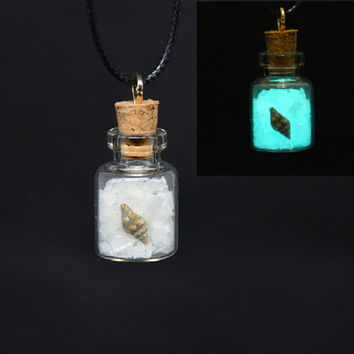 Drift bottle Shell Necklace Creative glow in dark pendant jewelry