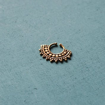 Faux afghan septum ring / Ethnic septum / Septum jewelry / Nose jewelry / Tribal body jewelry / Belly dance jewelry / Fake septum jewelry