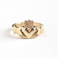 Vintage 9k 375 Rosy Yellow Gold Claddagh Irish Ring - Size 10 Men's Made in Dublin Ireland Hands Heart Crown Fine Wedding Band Jewelry