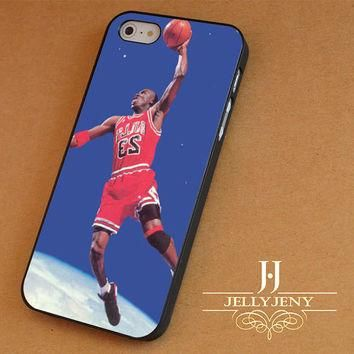 Micheal Jordan Dunk In Space iPhone 4 5 5c 6 Plus Case | iPod 4 5 Case