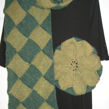 Scarf and hat set, knitted in green entrelac diamonds
