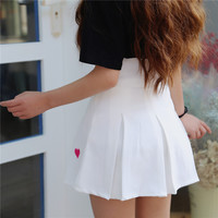 2017 Spring Summer Korean Harajuku Heart Embroidered Pleated Skirts Women White Zipper High Waist Baseball Short A-line Skirt