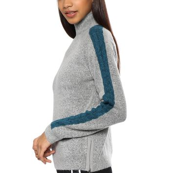 Willow & Clay Contrast Turtle Neck Sweater